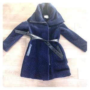 Beautiful Navy Cole Haan spring coat - gently used